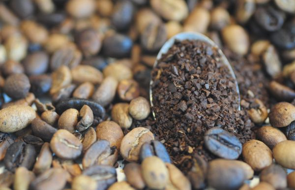 Unravelling complexity of flavour and aroma compounds in cold brew coffee and tea
