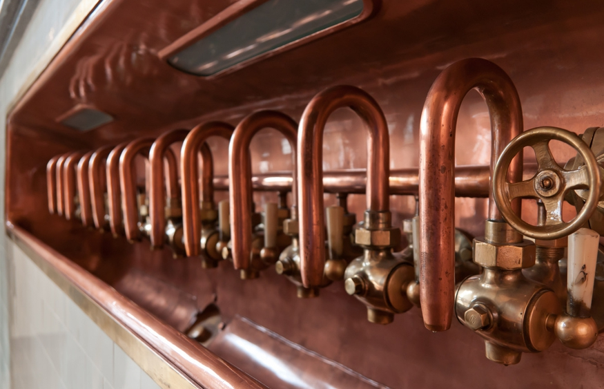Copper brewery pipes courtesy of LenDog64